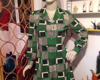 Vintage 1970s Mod Green Black and White Patterned Dress.