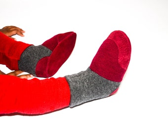 Cashmere Slipper Socks, Toddler Cashmere Shoes, Baby Cashmere Booties, Soft Leather Soles.Sizes: 0-12M, 6-18M & 12-24M