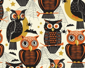 2016 & 2015 Spooktacular Eve, Who's There Ivory, Fabric Yard by Maude Asbury for Blend Fabric, Halloween, Owls 101.107.11.2