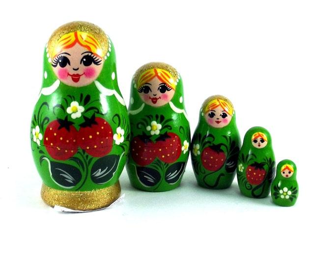 Nesting doll Strawberries 5 psc. Russian matryoshka. The original birthday gift.