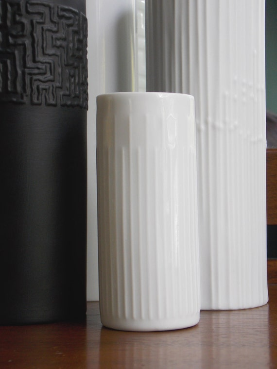 soliflore blanc hutschenreuther vase en porcelaine blanche. Black Bedroom Furniture Sets. Home Design Ideas
