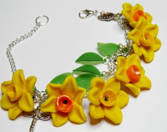 Daffodill Charm Bracelet, Handmade Spring Daffodil Beads Bracelet