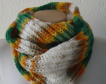 Christmas gift,Winter scarf,Multicolor soft knit scarf ,ready to ship scarf,knit scarf,green  scarf,chunky  multicolor knit infinity scarf