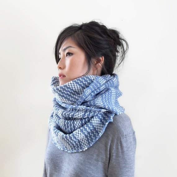 Knitting Pattern Cashmere Cowl : Merino Cashmere Scarf Cowl Cashmere Knit Infinity by IRISMINT