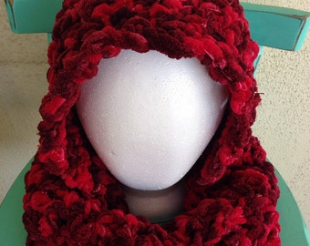 3 Helpful Ways to Crochet a Hooded Scarf - wikiHow - How
