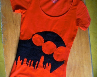Upcycled Tee with Tragic Gardening © application