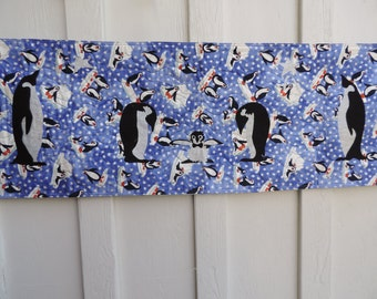 Penguin table runner for the holiday table.