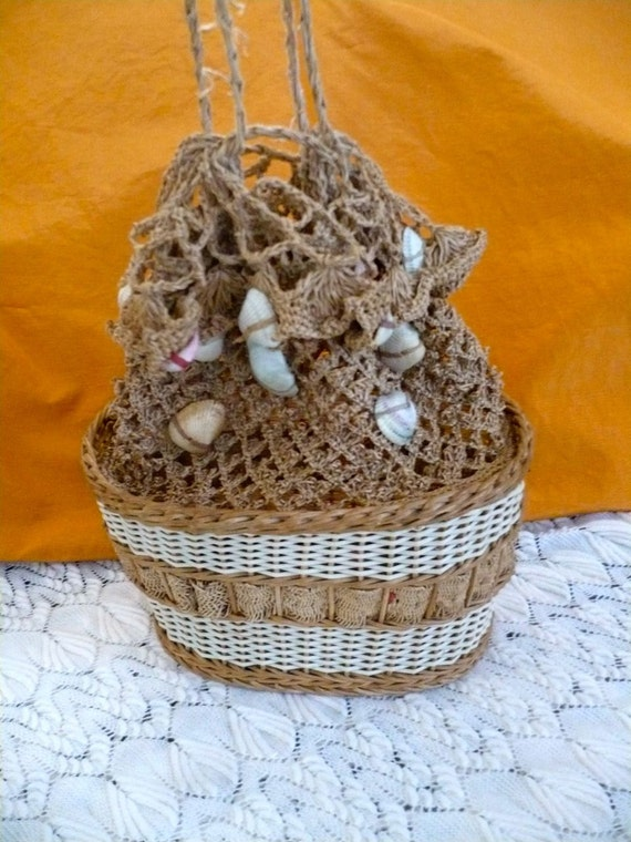 Crochet Straw Beach Bag Tutorial And Pattern : For the Beach 1920s Vintage Crochet and Woven Straw Bag