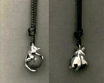 Smooth Cat Playful Pendant - Pawjamas, The Playful Pendant with the Moveable Marble