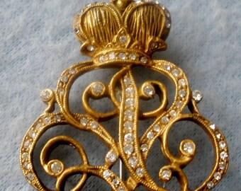 """Vintage Designer Signed """"De NICOLA"""" Antiqued Victorian Style Brooch w/ Brilliant Austrian Crystals"""