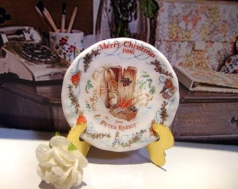 Beatrix Potter Style Miniature Plate for Dollhouse 1:12 scale