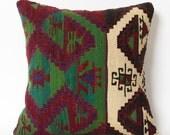Green kilim pillow, kilim, decorative pillow, home decor, green, pillow, throw pillow, pillow cover, cushion cover, green pillow, aztec