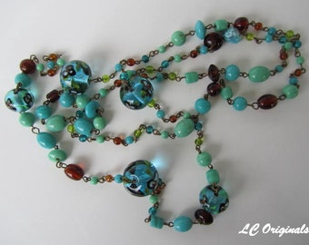 TURQUOISE GLASS WIRED necklace