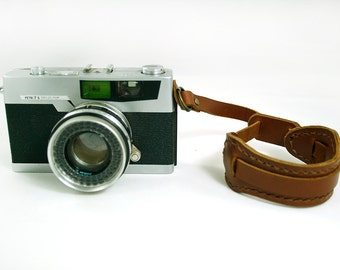 Leather Camera Hand Strap, Camera Hand Strap, Custom Camera Strap, Camera Wrist Strap,DSLR Camera Wrist Strap,Camera Wristlet,Camera Strap