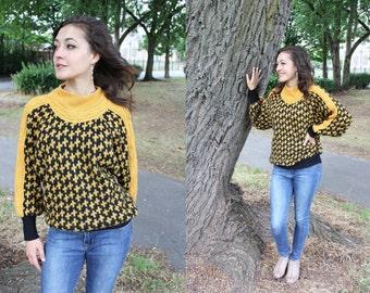 Vintage Black & Yellow DogTooth Pattern Knit Bat Wing Jumper Knitwear Slouchy Patterned Knit 1980s Funnel Neck