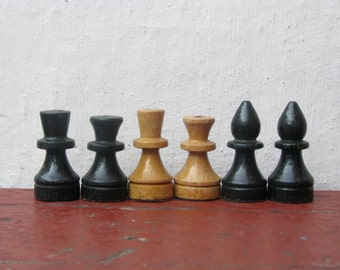 6 Vintage wooden chess pieces  - Made in USSR