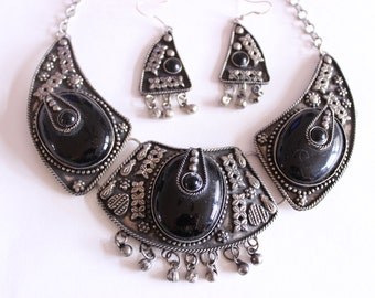 Black and Silver Tone Bollywood Inspired Statement Necklace and Earring Set, Black and Silver Necklace and Earrings, Art Deco Jewelry
