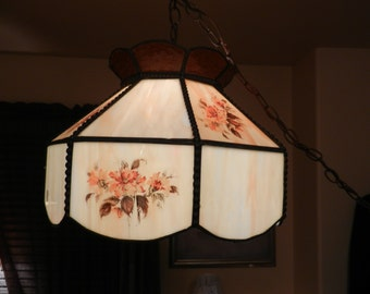 Beautiful Tiffany Style Hanging Swag Light