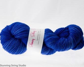 Grecian Blue - Luxury Fingering Weight - Merino, Cashmere & Nylon - 100 g - 425 yds