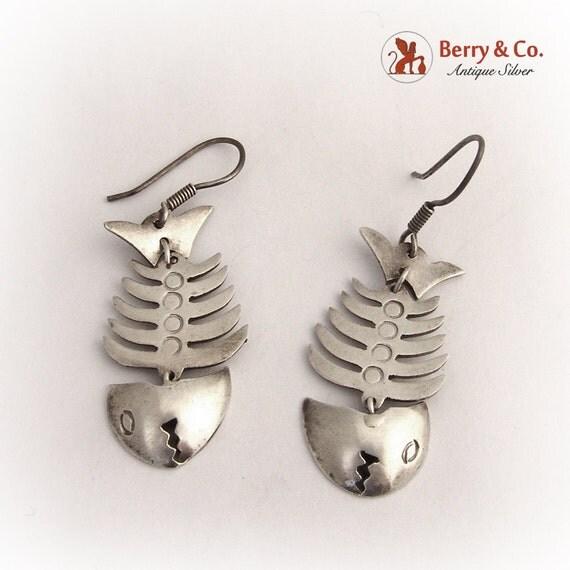 Vintage sterling silver long fish bone skeleton earrings for Fish bone earrings
