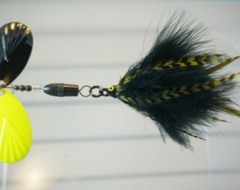 Chartreuse & Camo FlyStyle Muskie Bucktail