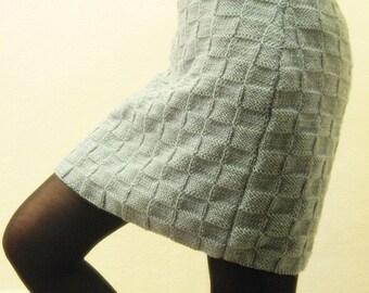Knit Wool Fashion Skirt..