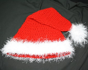 Handmade Santa Hat to Keep You Warm All Through The Season