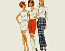 Vintage 60s Pants Pattern / High Waist Pencil Pants / 60s Cigarette Pants Pattern / Bermuda Short Pattern / Butterick 5135 Waist 25.5 UNCUT