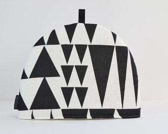 Scandinavian Geometric monochrome fabric Tea Cosy - Spira Jazz