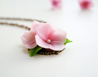 Pink flower necklace - pink jewelry - polymer clay flower necklace - romantic pendant - floral jewelry - flower jewelry - botanical jewelry