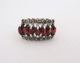 Vintage Sterling Silver Marquise Natural Garnet & Marcasite Ladies Ring Size 7.5