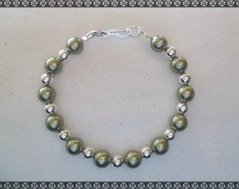 green bracelet, swarovski bracelet, light green
