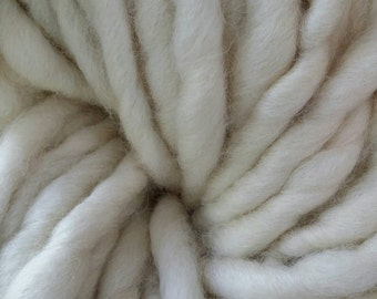 White Blue Faced Leicester Super Chunky handspun Yarn 0.5Kg or 1Kg
