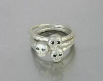 Black Diamond Skull Ring (Silver)