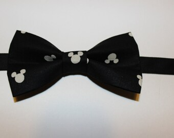 Black & White(Ivory) Mickey Mouse Bow Tie