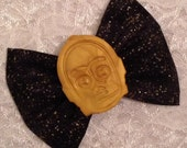 Star Wars C3PO on Black with Gold Specks Fabric Hair Bow Gift Accessory