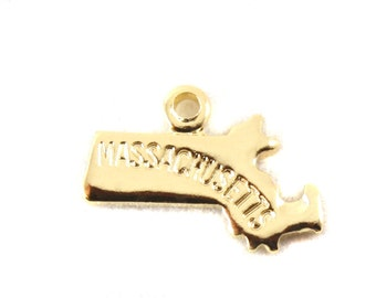 2x Gold Plated Engraved Massachusetts State Charms - M114-MA