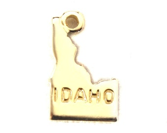2x Gold Plated Engraved Idaho State Charms - M114-ID