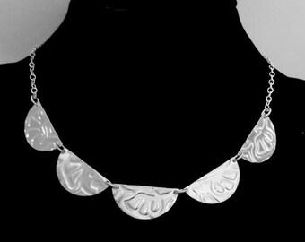 Five half-moons silver necklace