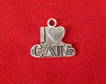 "8pc ""I love cats"" charms in antique silver (BC240)"