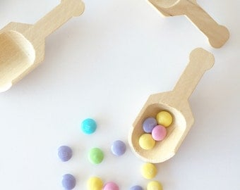 Wooden Candy Scoops - Candy Buffet Scoops - Natural - Petite Party Studio