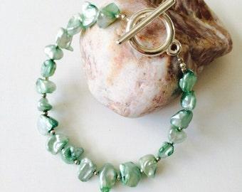 Green Freshwater Pearl Bracelet.