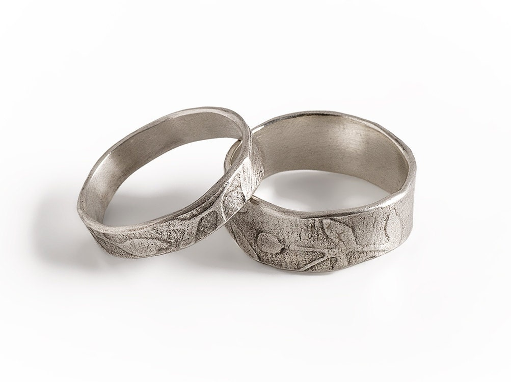 leaf bands wide ring and narrow ring set sterling silver