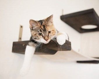 Cat Lounger Hammock w/ Escape Hatch - Perfect pet gift