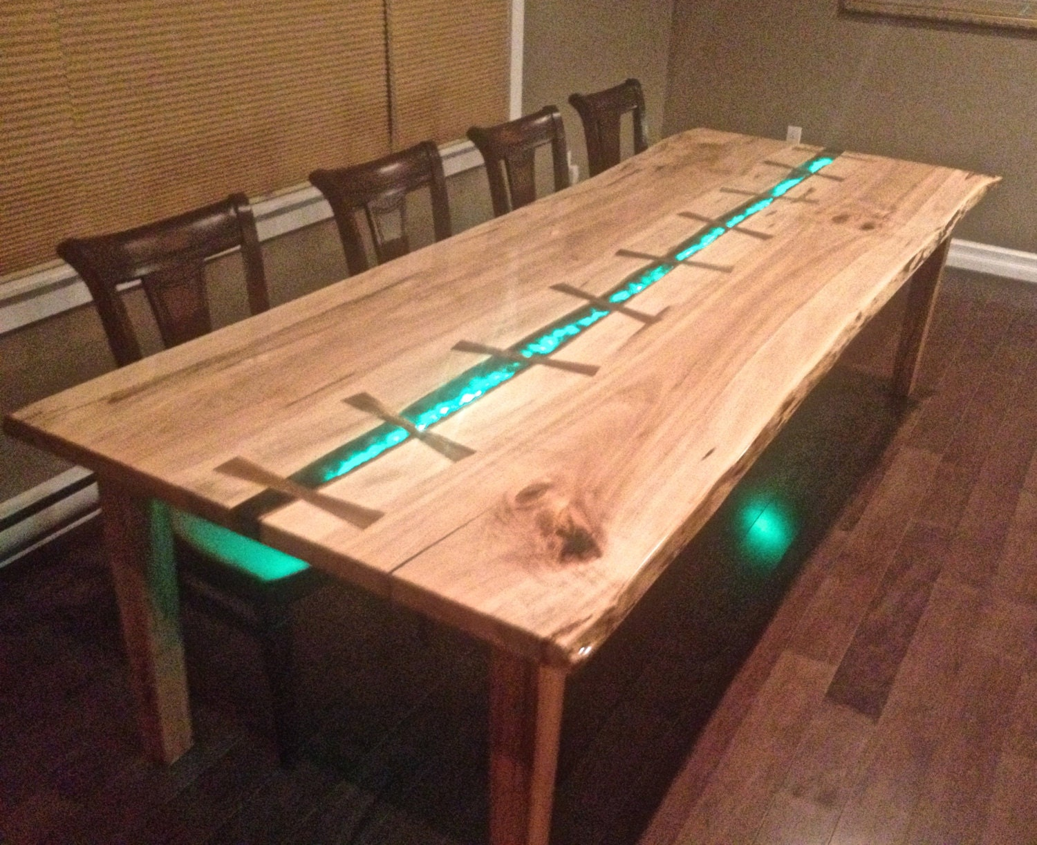 Led Live Edge Maple Dining Table 10 Person By