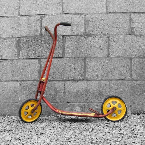 1960s Vintage Mobo Scooter - Vibrant Red Yellow - Great Windown Display