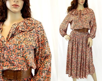 Prairie Dress / Size Medium / 70s Vintage / Rustic Dress / Frilled Neck / Peach Dress / Womens Clothing / Boho Dress / Gypsy Dress / Hippie