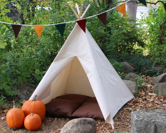 Children's Teepee, Natural Canvas Teepee, Thanksgiving Teepee, Fall Teepee, Holiday Teepee,  Can Include Mat, Custom Order