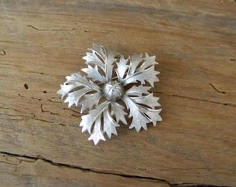 Vintage Trifari Silver Brooch / Pin / Vintage Silver Pin / Vintage Floral Pin / Vintage Jewelry