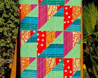 Karma chameleon, a lap quilt made with yarn-dyed and homespun cottons